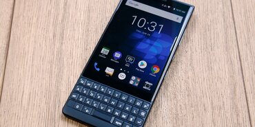 Обзор BlackBerry KEY2